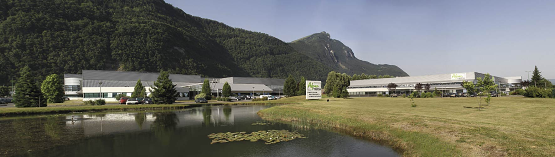Photo-AlpenTech—façades-des-deux-sites